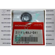 Сальник генератора Honda Pan-European (31141-MAJ-G41). Оригинал!